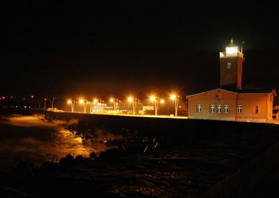 darlowko-noc-latarnia
